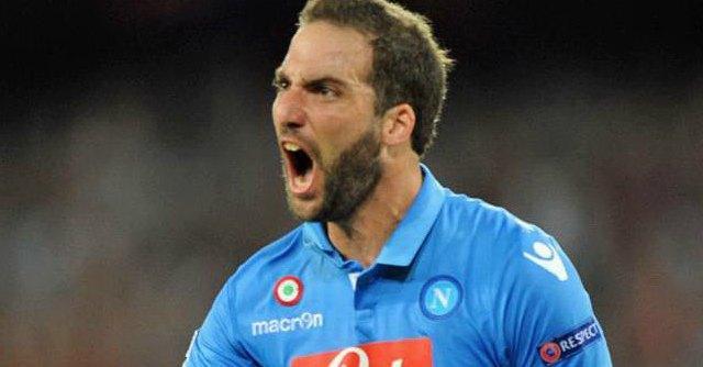 Champions League, Napoli-Athletic Bilbao 1-1: Higuain salva la squadra di Benitez