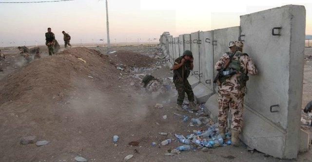 """Iraq, nuovi raid Usa su Isis. """"Jihadisti minacciano di giustiziare 4.000 Yazidi"""""""