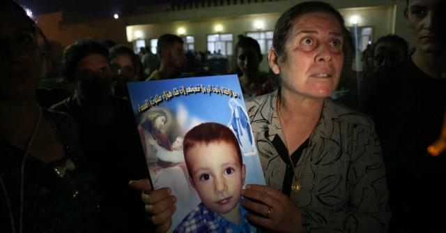 Iraq, pulizia religiosa contro i cristiani: case marchiate e 100mila civili in fuga