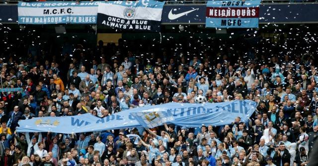Premier League, guerra al caro biglietti: il Manchester City paga la trasferta ai fans