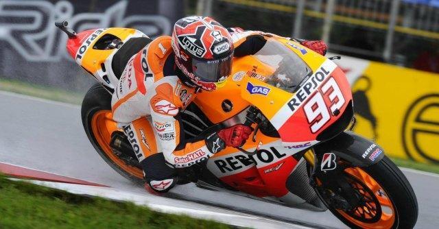 MotoGp: dominio Marquez, conquista la pole a Brno. Paura per Rossi