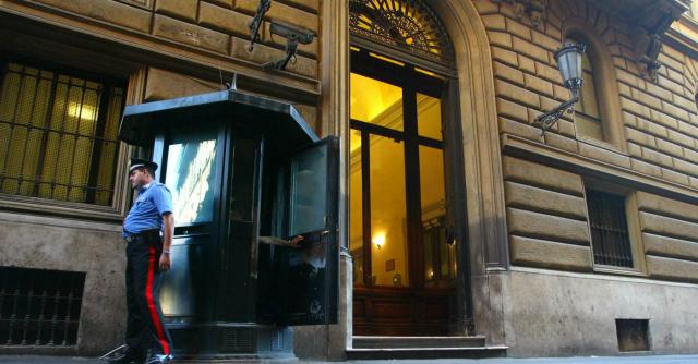 Camera, rapina a Palazzo San Macuto: l'arrestato è un barman della mensa
