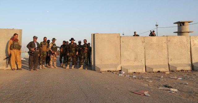 """Siria, Isis conquista l'aeroporto di Taqba, nella regione di Raqqa: """"Oltre 500 morti"""""""