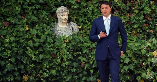 """Recessione, quando Renzi diceva: """"Con gli 80 euro spero si arrivi oltre il +1%"""""""