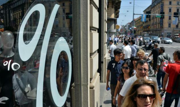Saldi e truffe: se il vestito 'Made in China' di otto euro in boutique non ha prezzo