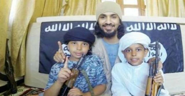 """Siria, Al-Arabiya: """"Uomo saudita rapisce i due figli e li porta a combattere con l'Isis"""""""