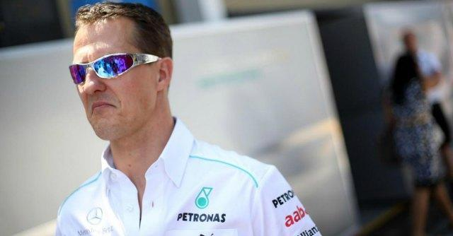 """Michael Schumacher forse a casa a Natale. La clinica: """"Necessaria assistenza costante"""""""