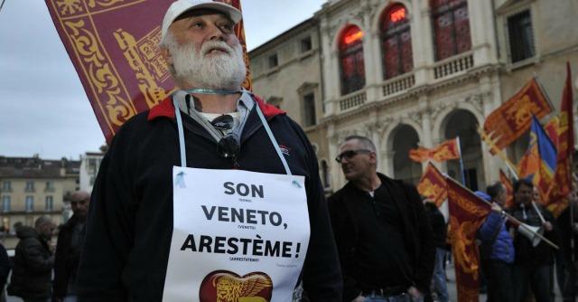 """Brescia, riunione dei secessionisti veneti: """"Vogliamo il ritorno della Repubblica di Venezia"""""""