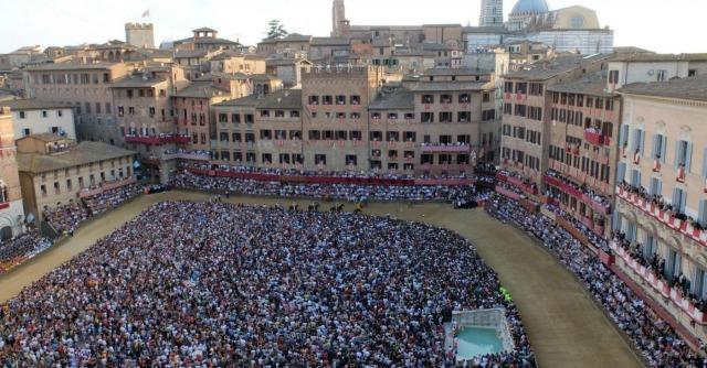 Siena, senza basket e calcio c'è il Palio dell'Assunta