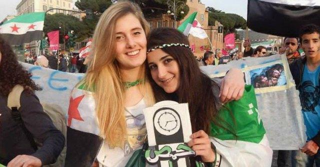 """Vanessa e Greta rapite, stampa araba: """"Stanno bene, Italia ha trattato il riscatto"""""""