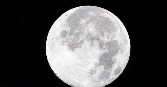 Notte di San Lorenzo 2014, la Super Luna oscurerà le stelle cadenti (ma solo per poco)