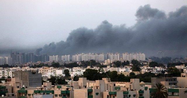 Libia, ex Assemblea si riconvoca a Tripoli. Ma il parlamento eletto ha sede a Tobruk