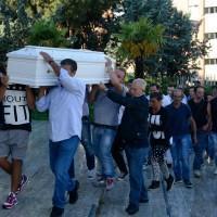 Napoli: funerali Davide Bifolco