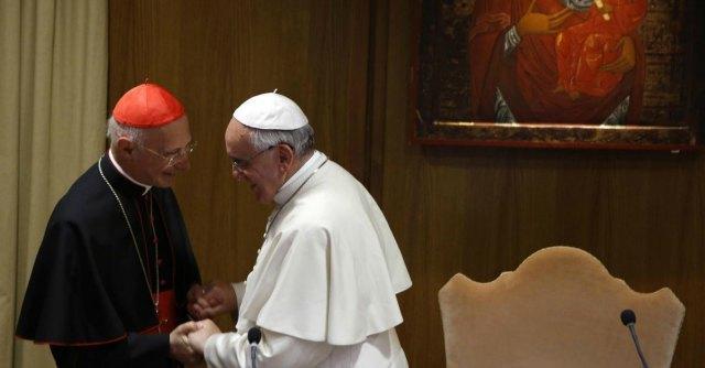 Bagnasco, il Papa conferma il presidente Cei fino a fine mandato