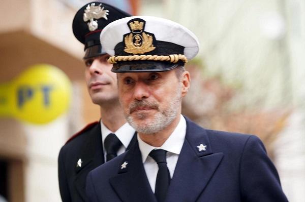 Concordia, De Falco non rinunci alla sua professionalità