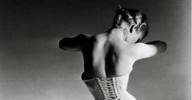 Moda, da Milano a New York le mostre fotografiche che celebrano la bellezza