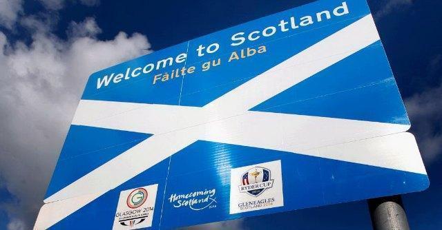 Referendum Scozia, indipendentisti per la prima volta avanti. Crolla la sterlina