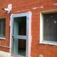 I lavori di restauro dell'edificio sono in corso dal 2009 e gli alunni fanno lezione in un appartamento. Dall'anno scolastico 2014/2015 8 classi su 10 potranno tornare nella struttura.