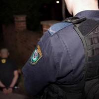 arresti australia