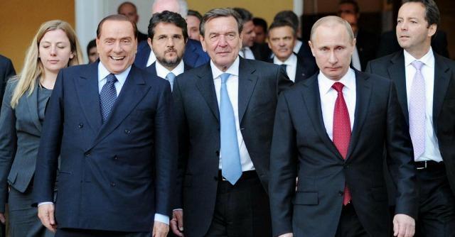 """Ucraina, Berlusconi vuole fare Mister Pesc: """"Io possibile ambasciatore di pace per l'Ue"""""""