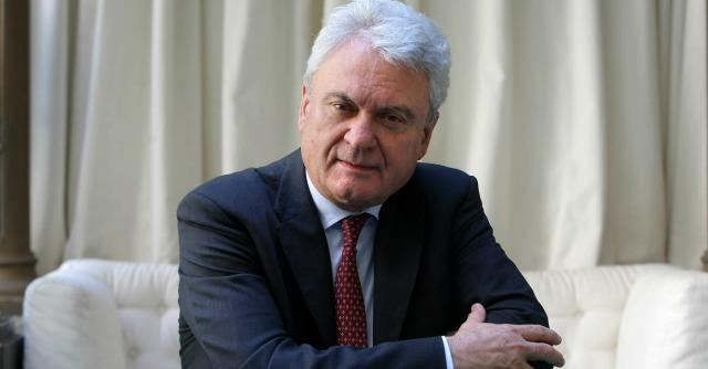 Consulta-Csm, durante la trattativa il pregiudicato Brancher riappare in Parlamento