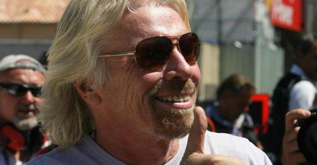 Virgin, Branson cancella l'orario di lavoro. 'Contano i risultati, non le ore di ufficio'