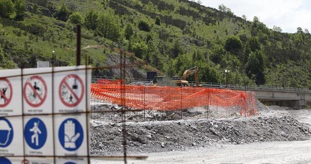 Sblocca Italia, meglio scavare solo le buche utili