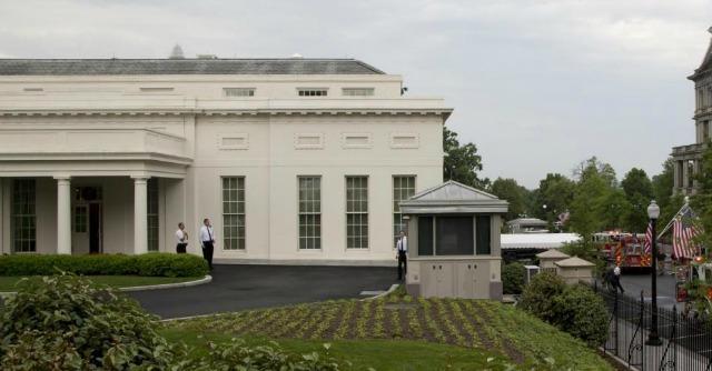 Usa, allarme alla Casa Bianca. Un intruso entra nel giardino: evacuati gli uffici