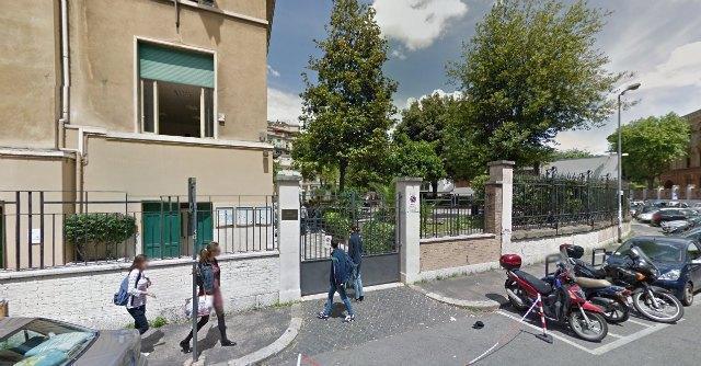 """Roma, bullismo al liceo Chateaubriand. """"L'ambasciata francese ha coperto i casi"""""""