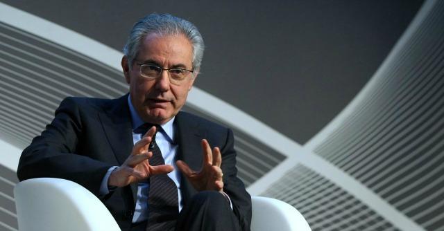 Colaninno, come le banche sostengono il presidente di Alitalia e patron di Piaggio