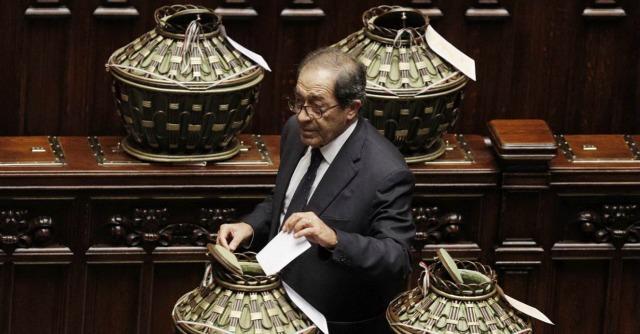 """Consulta, dubbi Pd sull'indagato Bruno. E l'accordo con Forza Italia diventa """"scheda bianca"""""""