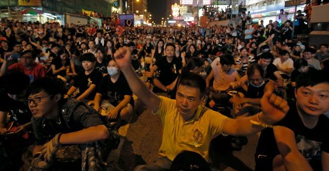 Hong Kong, dietro le proteste per la democrazia c'è la paura del modello cinese