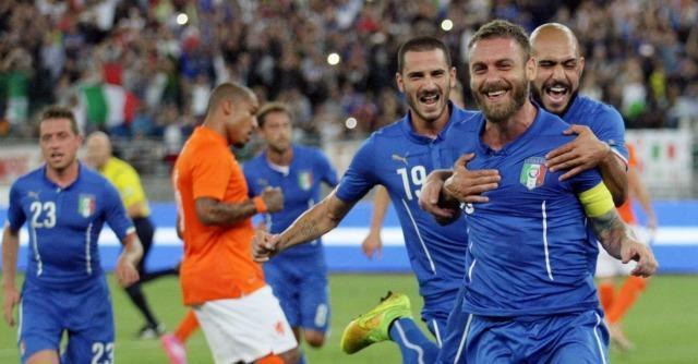 Italia-Olanda 2-0, positivo l'esordio del ct Antonio Conte allo stadio di Bari