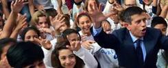 Inizia l'anno, nelle scuole italiane è passerella di ministri: il blob