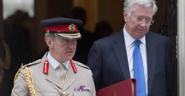 """Uk, ministro della Difesa: """"Oltre 60 britannici arrestati: erano jihadisti Isis"""""""