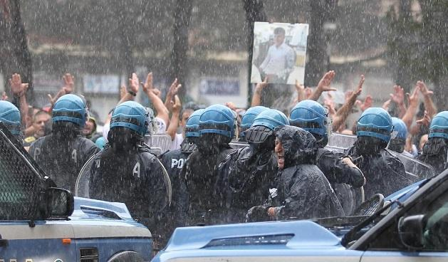 Napoli, nelle periferie delle lacrime. D'odio