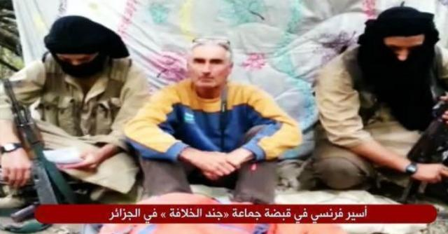 "Isis, turista francese rapito in Algeria: ""Fermate i raid o lo uccidiamo in 24 ore"""