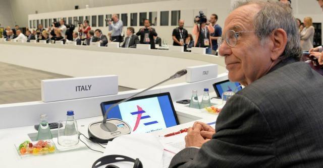 """Ue, Katainen a Renzi: """"Bene progettare riforme, ma poi bisogna farle"""""""