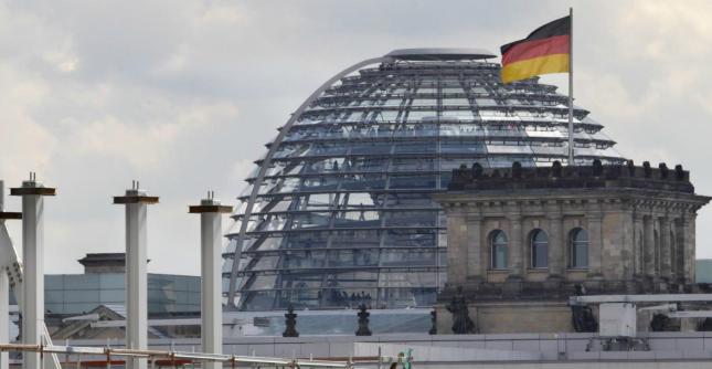 Incesto, il Consiglio etico tedesco chiede al governo la depenalizzazione del reato