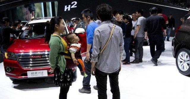 Cina, ricchi in fuga verso Hong Kong e Canada. Rotta la luna di miele col partito