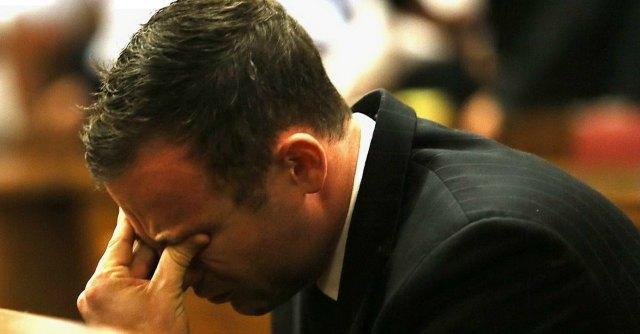 Oscar Pistorius condannato per omicidio colposo per la morte della fidanzata