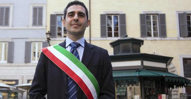 """M5s, Pizzarotti: """"Al Circo Massimo si parli di leadership. Di Maio? Non basta"""""""