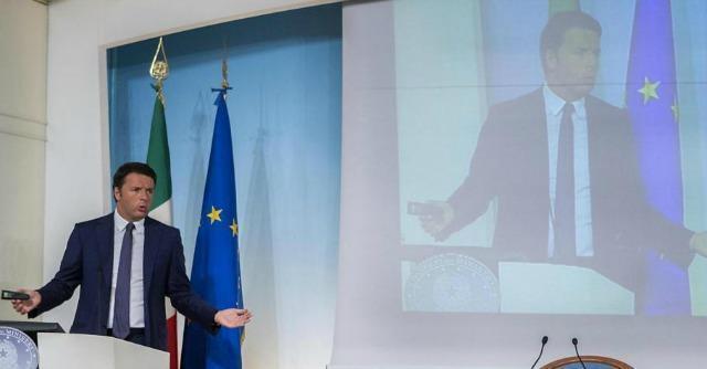"""Scuola, Renzi: """"Stop supplenti, più compiti per i presidi e meno amministrativi"""""""