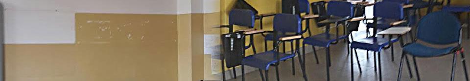 Senza banchi, senza sedie e senza lavagne A Bologna l'anno scolastico inizia in piedi