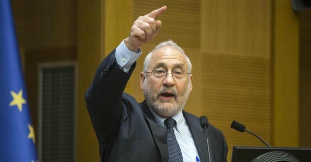 """Commercio mondiale, Stiglitz: """"No a trattato Usa-Ue, in gioco tutela consumatori"""""""