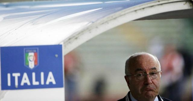 Carlo Tavecchio 'sospeso' per sei mesi dalla Uefa per frasi razziste