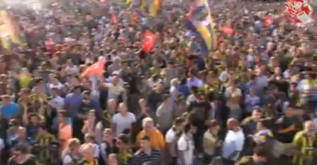 Turchia, 35 ultras rischiano l'ergastolo per le proteste a Gezi park