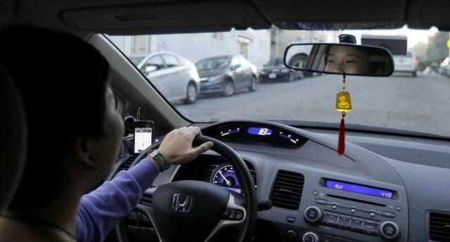 Uber, a New York la protesta degli autisti per la riduzione delle tariffe