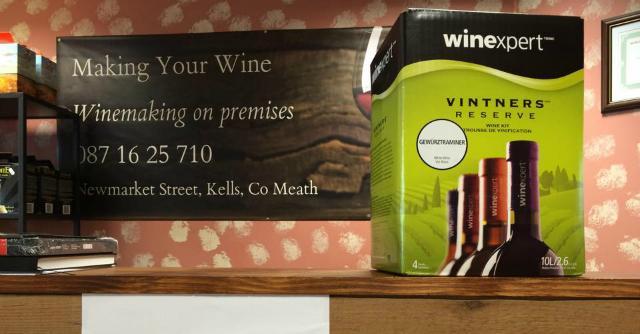 Vino fai da te, in Irlanda il primo negozio europeo di wine kit