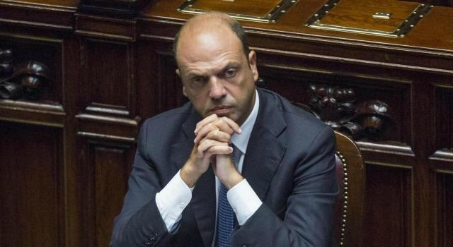 Alfano e il suo dramma: 'Qualcosa di destra? L'ha già detta Renzi'